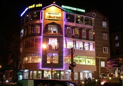 nhà hàng Phố Núi gần sân bay Nội Bài