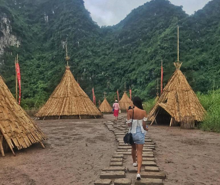 Ngôi làng thổ dân - Ninh Bình