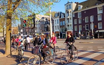 xe đạp là phương tiện được khuyến khích chủ yếu ở Hà Lan